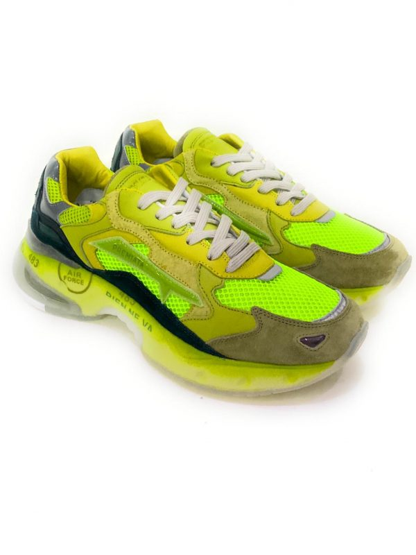 Premiata SHARKY VAR.063 Sneakers uomo. Acquistale su ViaRomaBoutique.it